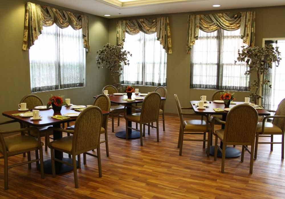 Northfield-Village-Dining-Room