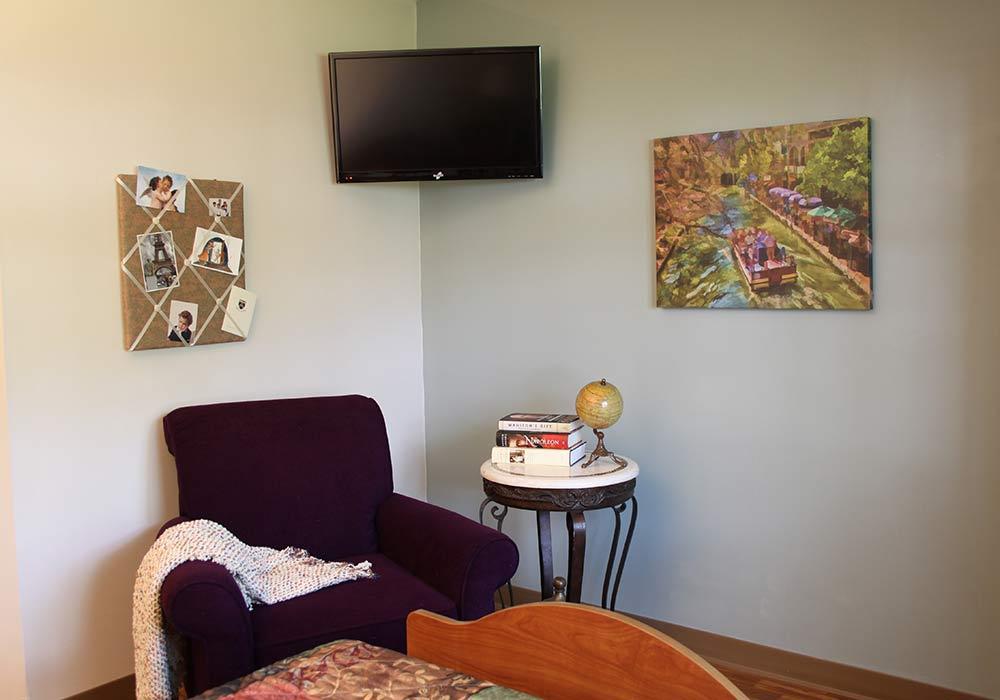 Northfield-Village-Patirnt-Room